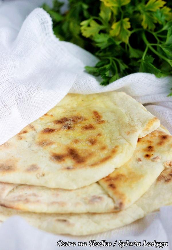 chaczapuri , ieruli , imeryjskie , kuchnia gruzinska , gruzinski placek z sere , ostra na slodko (2)xxx