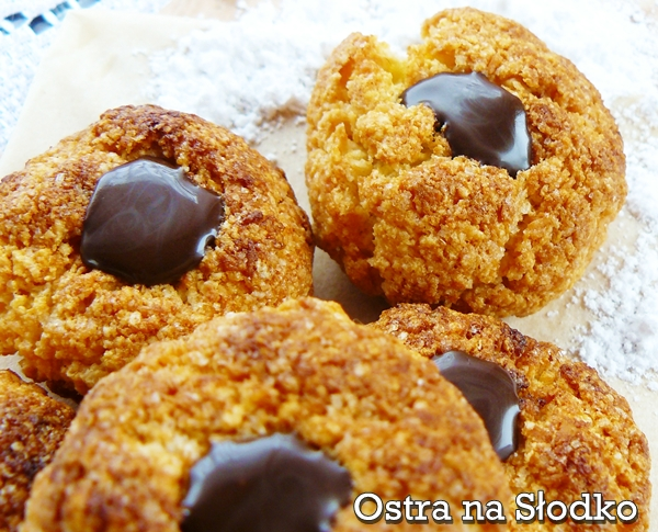 ciasteczka z kleiku ryzowego , chinese , cookies , ciasteczka kruche , ciastka kokosowe , ciastka z czekolada , chinskie ciasteczka , ostra na slodko