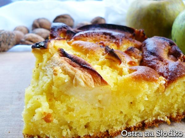 szarlotka , ciasto ucierane , ucierane z jablkami , szarlotka na maslance , szarlotka puszysta , jablecznik , ostra na slodko xxxxxxx