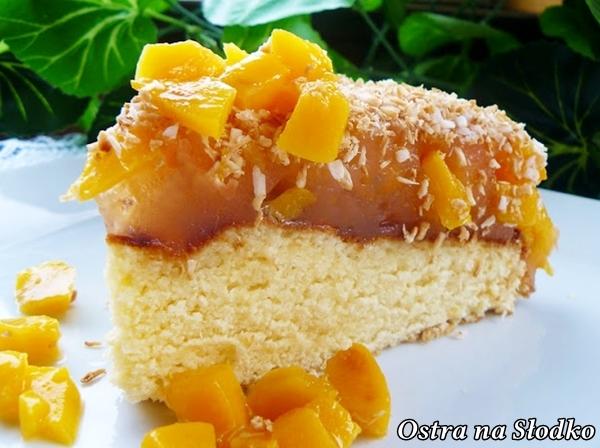 ciasto brzoskwiniowe , puszysty biszkopt , ciasto kisielowe , brzoskwiniowe z kisielem , tanie ciasta , latwe ciasta , ostra na slodko , blog kulinarny latwe przepisy , pyszne ciasta z owocami