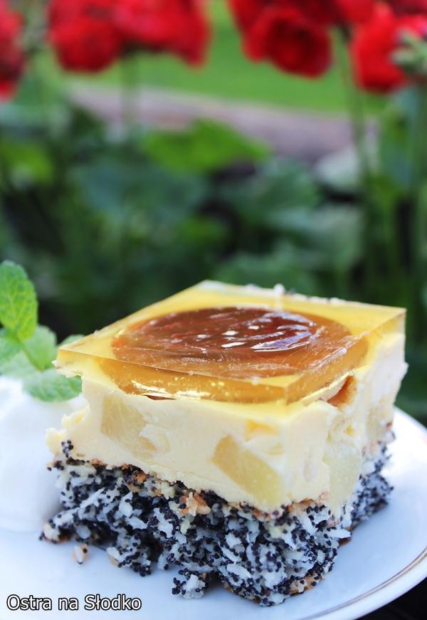 ananasek , ciasto ananasowe , ciasto z delicjami , ciasto z kremem budyniowym biszkopt makowy , ostra na slodko xxxx