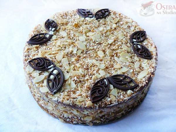 tort kokosowy , tort rafaello , tort malibu , tort z mascarpone , masa kokosowa do tortu , najlepszy tort , latwy tort , ostra na slodko