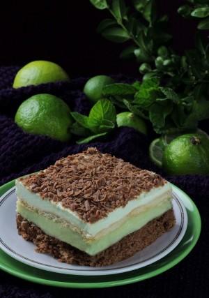 mietusek , ciasto mietowe , ciasto budyniowe , czekoladowo mietowe , czekoladowe z budyniem , ciasto z landrynkami, ostra na slodko , blog kulinarny xx