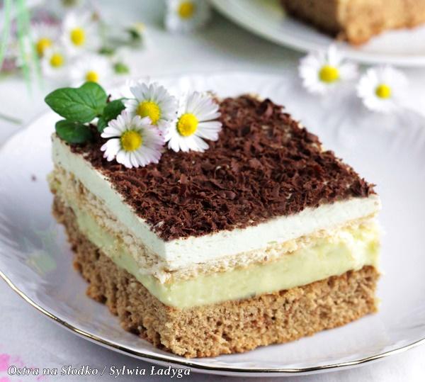 mietusek , ciasto mietowe z landrynkami , ciasto na herbatnikach . masa budyniowa z landrynkami , ciasto budyniowe , pyszne ciasta , ostra na slodko xxxc