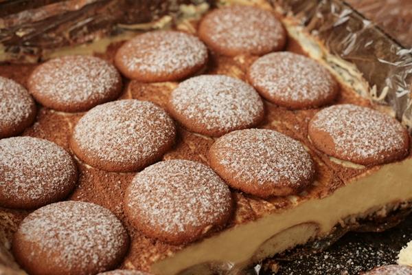 cappuccino , ciasto kawowe , ciasto bez pieczenia , ciasto z biszkoptami , sernik , ciasto z mlekiem w proszku , ostra na slodko 12xxxxxx