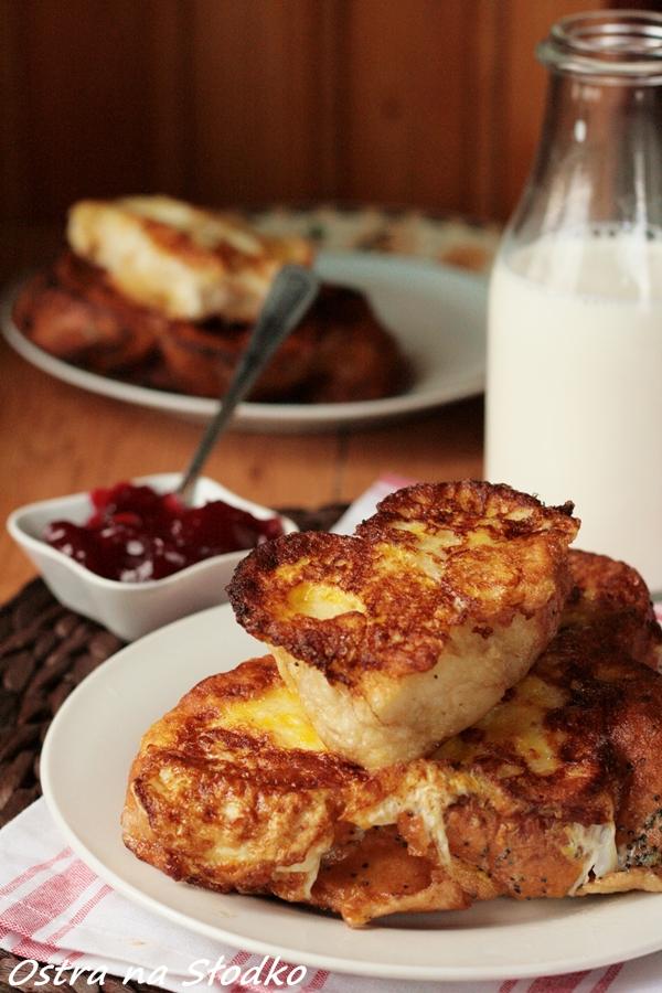 walentynkowe sniadanie , chalka, slodka bulka , dzem , powidla , sniadanie, ostra na slodko ,chleb w jajku 3 xxxxxxxxxx