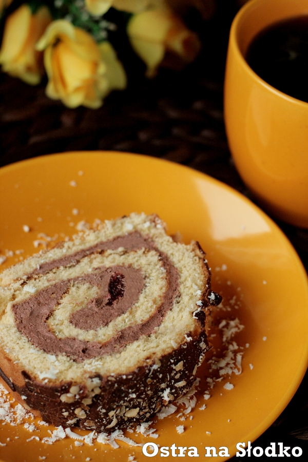 rolada biszkoptowa , rolada czekoladowa , rolada kakaowa , ciasto biszkoptowe , ciasto czekoladowe , ostra na slodko 2xxx