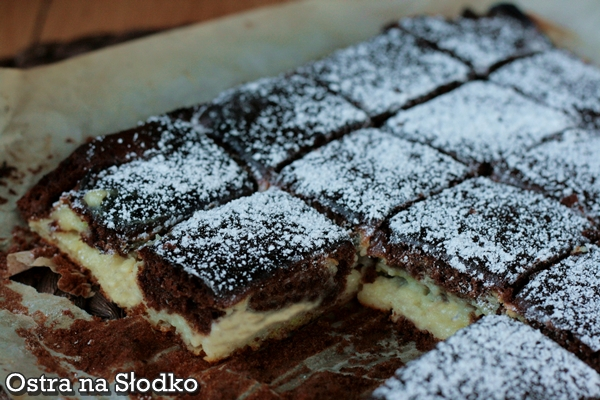sernik kakaowy , serowe , ciasto kakaowe , ciasto poduszeczki , laciate , ostra na slodko xxxxxxxx