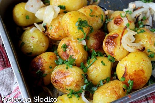 pieczone ziemniaki , mlode ziemniaki , mlode ziemniaki na ostro , ziemniaki ze szczypiorkiem , ostra na slodko (3)xxx