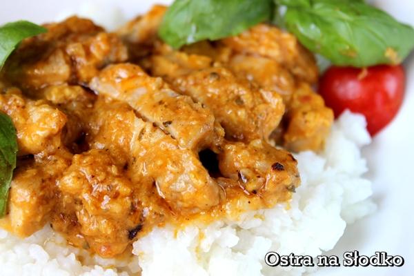 kurczak korma , kuchnia indyjska , korma , kurczak w sosie , kurczak po indyjsku , ostra na slodko , pyszy obiad , soczysty kurczak  (4) xxx