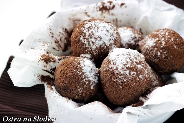 czekoladowe trufle , trufle kakaowe , praliny, jak sie robi trufle pralinki , ostra na slodko , blog kulinarny , najlepszy blog , czekoladowe przepisy 9x