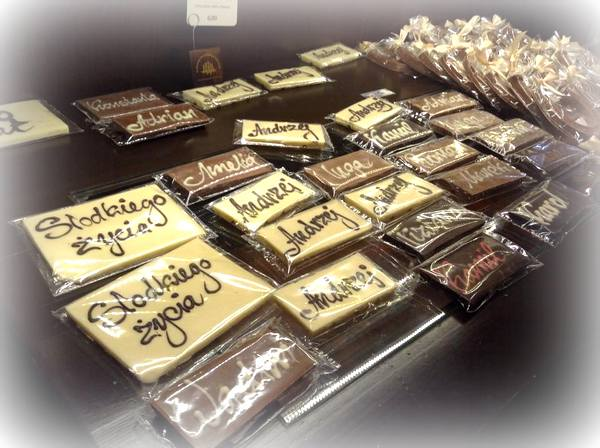 krakowska manufaktura czekolady , paclan , czekoladowe warsztaty , warsztaty ostra na slodko , pralinki , jak zrobic praliny , jak sie robi czekolade (1)