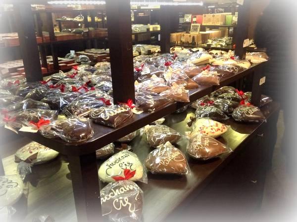 krakowska manufaktura czekolady , paclan , czekoladowe warsztaty , warsztaty ostra na slodko , pralinki , jak zrobic praliny , jak sie robi czekolade (4)