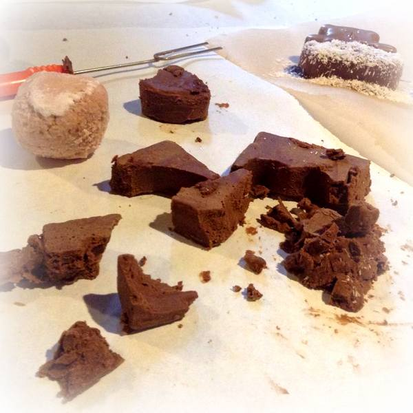 krakowska manufaktura czekolady , paclan , czekoladowe warsztaty , warsztaty ostra na slodko , pralinki , jak zrobic praliny , jak sie robi czekolade (7)