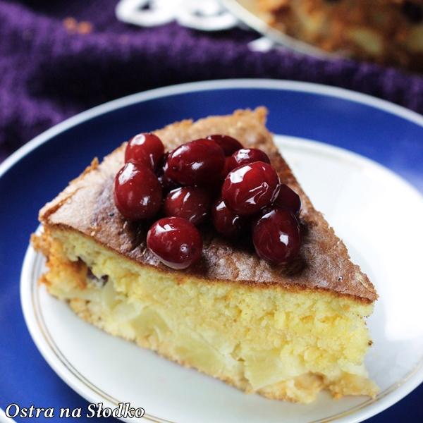 biszkopt z owocami , ciasto z owocami , ciasto ananasowe , ciasto z wisniami , biszkopt z ananasem , biszkopt z wisniami , latwe ciasto , tanie ciasto , ostra na slodko (2)x