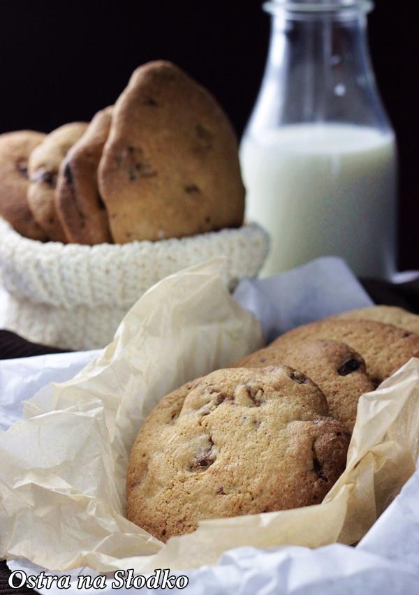 ciastka z czekolada , pieguski , ciastka nigella , chrupiace ciastka , american cookies , ostra na slodko , latwe przepisy (3)xxx