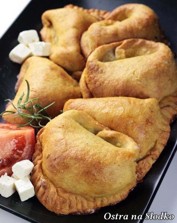 pieorgi ziemniaczane , pieczone pierogi , pierogi z miesem  , z serem , pyszne pieczone pierogi , ciasto na pierogi l, latwe przepisy , ostra na slodko (2)xxx