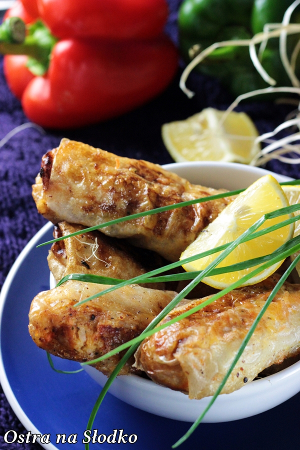 sajgonki , spring rolls , kuchnia wietnamska , chinska , tajska , przepisy orientalne , pyszne sajgonki , sajgonki z miesem i warzywami , ostra na slodko , blog kulinarny (2)xx