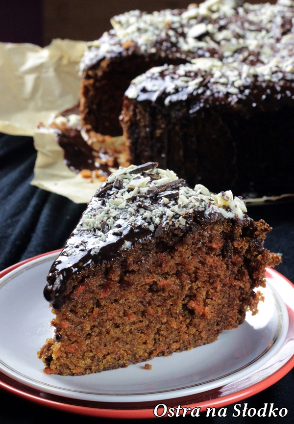 ciasto marchewkowe , pyszne marchewkowe , ciasta warzywne , piernik , murzynek , tanie ciasta , latwe przepisy , ostra na slodko, ciasto czekoladowe (1)xx