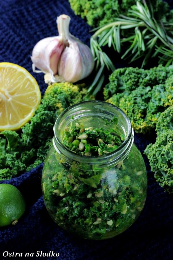pesto z jarmuzu , pest ze szpinaku , zielone pesto , pyszne pesto , domowe pesto , kuchnia wloska , ostra na slodko , blog kulinarny , latwe przepisy (1)xx