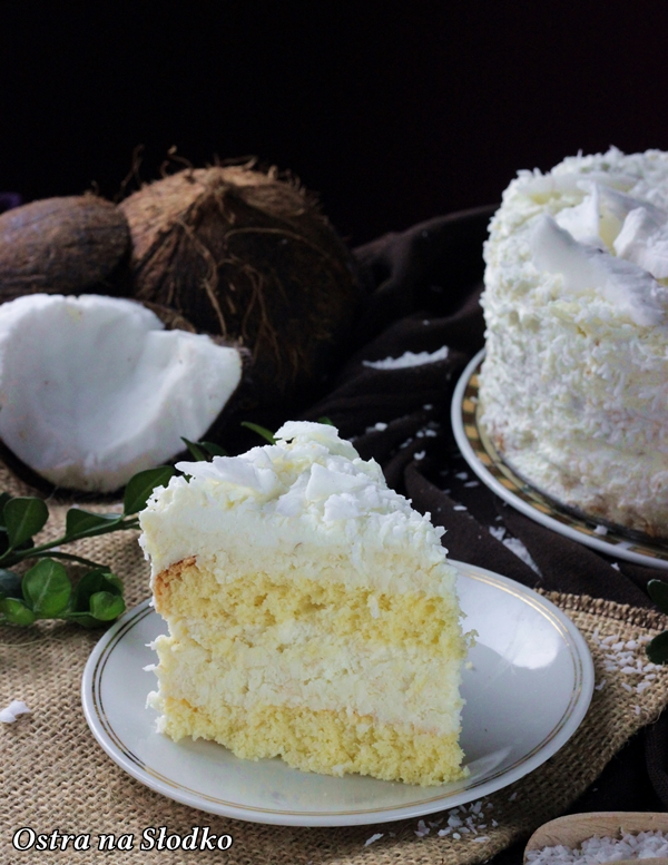 kokosowa princessa, rafaello , ciasto kokosowe , najlepsze ciasto kokosowe , biszkopt kokosowy , ostra na slodko , tort kokosowy , latwe przepisy (4)x