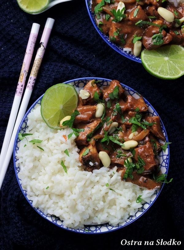 Kaeng Massaman Kai ,curry massaman z kurczakiem, kuchnia tajska , tajskie curry , tajskie przepisy , kurczak na ostro , ostra na slodko , ballarini (3)x