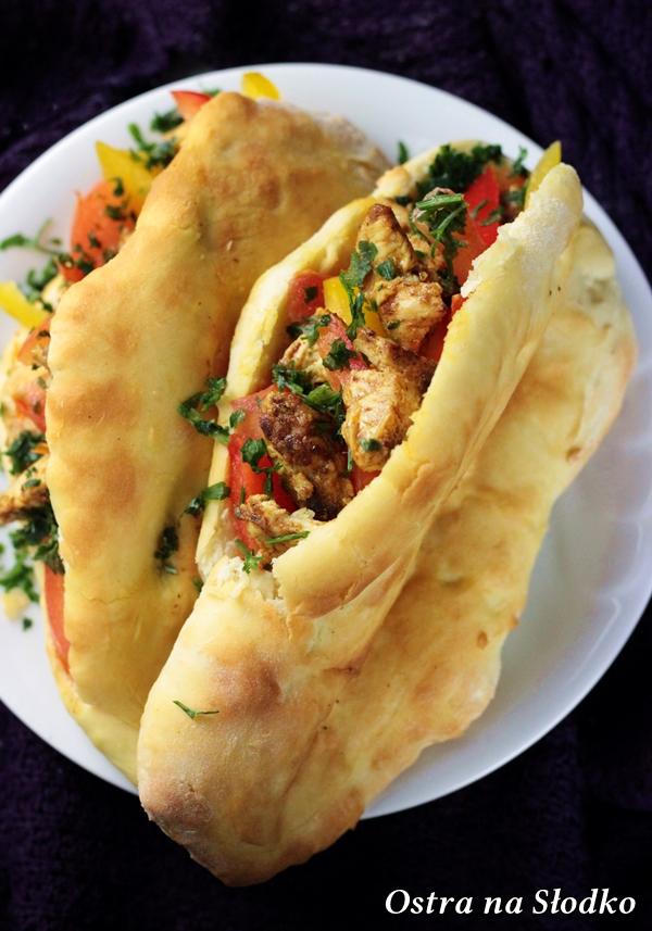 naan , tandoor , naan z kurczakiem , kuchnia indyjska , chelbki jak pita , kuchnia orientalna , ostra na slodko xxx