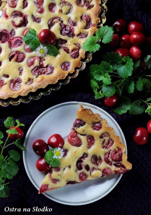 clafoutis z czeresniami , klafutis , clafouti , zapiekanka z owocami , omlet z owocami , ostra na slodko , sylwia ladyga (1)x