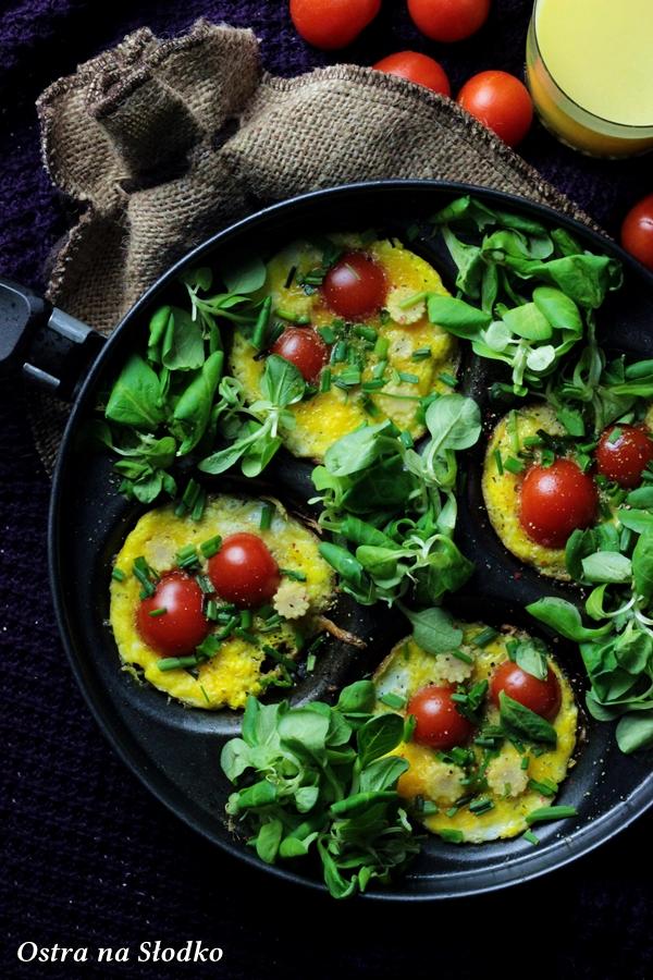jajka zapiekane , omlet z pomidorami , mini omlety , jajecznica inaczej , ostra na slodko , sylwia ladyga (4)x