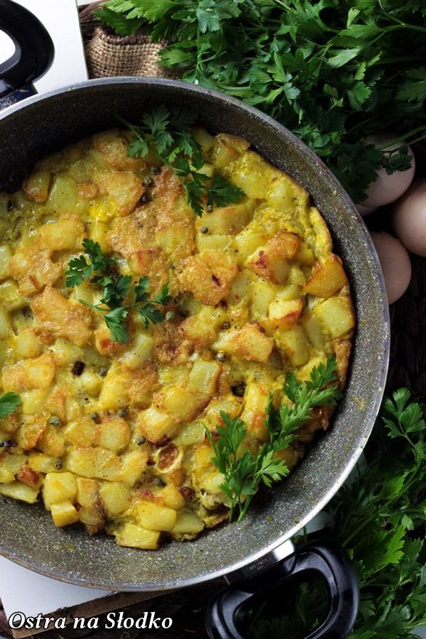 TORTILLA DE PAPAS , hiszpanska tortilla z ziemniakami , najlepsza tortilla , kuchnia hiszpanska , dania narodowe hiszpanii, pyszna tortilla , ostra na slodko , sylwia ladyga (3)xx