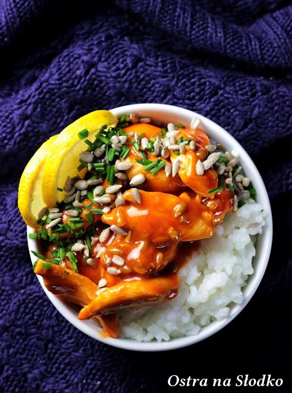 kurczak-po-tajsku-kuchnia-tajska-chinska-kurczak-w-slodko-ostrym-sosie-kurczak-w-sosie-chili-soczysty-kurczak-kurczak-z-ryzem-ostra-na-slodko-blog-latwe-przepi-2xx