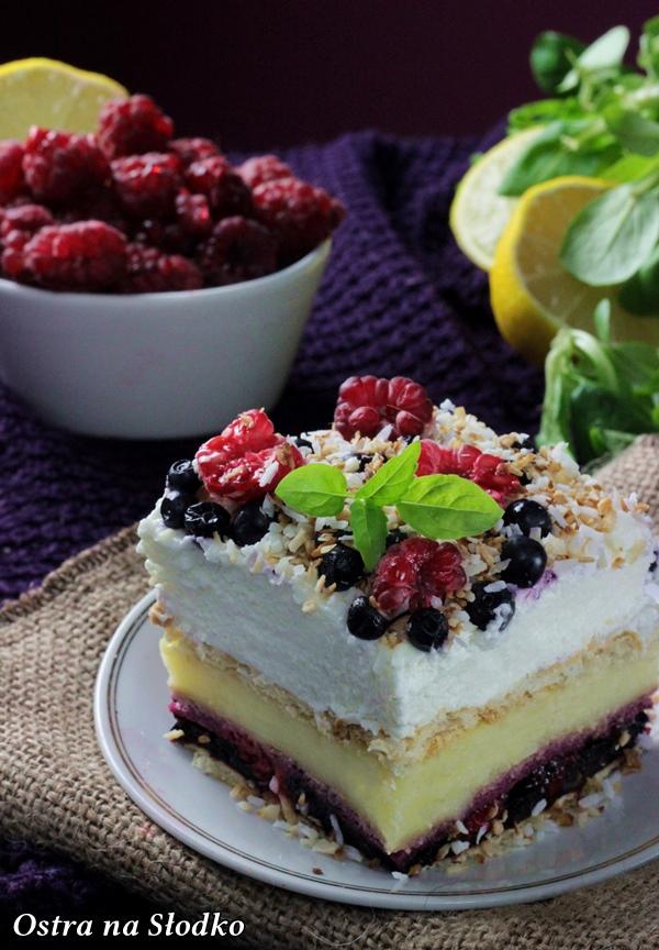 malinowe trio , ciasto z borowkami , ciasto budyniowe , budyniowe bez pieczenia , ciasto z malinami , jagodowe ciasto bez pieczenia , sylwia ladyga , ostra na slodko (4)x