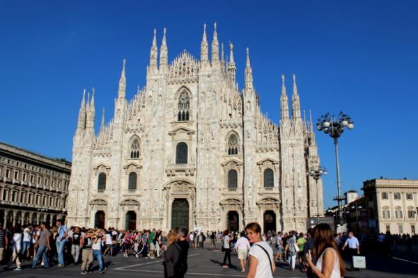 mediolan , katedra w mediolanie , duomo di milano , duomo cathedral , ostra na slodko , italy , wlochy, sylwia ladyga (2)