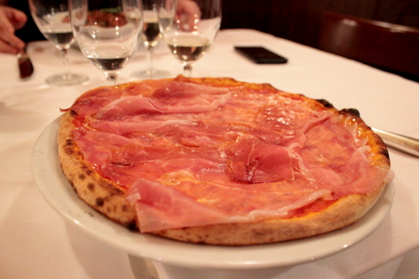 santa lucia milano , milano restaurant , restauracje wlochy , mediolan , ostra na slodko , pizza wloska , najlepsza pizza , pasta, icecream (13)