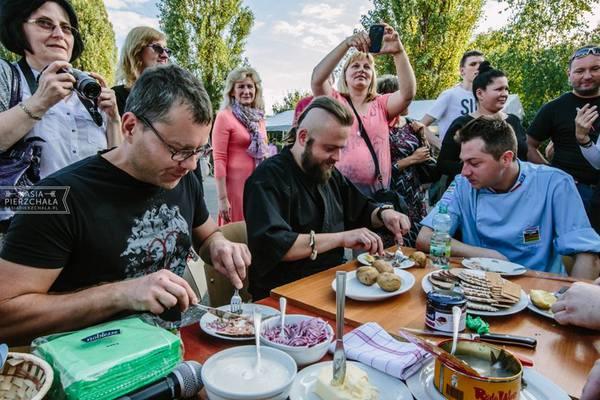 piknik charytatywny , warto pomagac , tv nie jestes sam , fundacja zdarzyc z pomoca , ostra na slodko , wylsia ladyga , blog kulinarny (5)