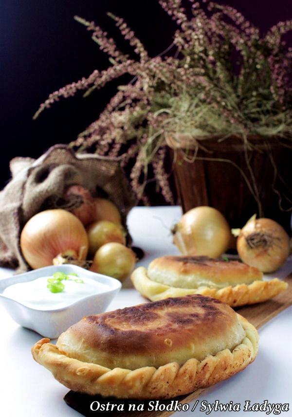 czebureki , kuchnia tatarska , pierogi z miesem , smazone pierogi , najlepsze ciasto na pierogi , ostra na slodko (1)xxx