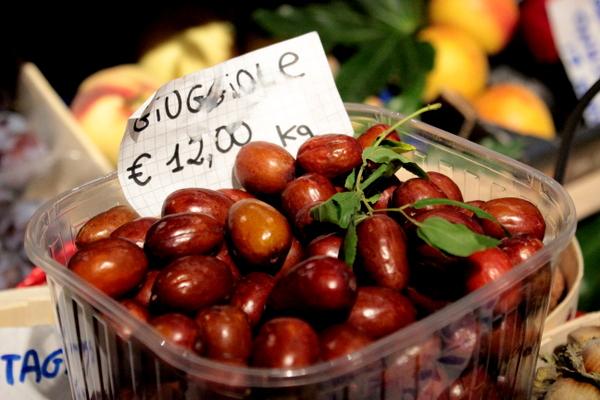 mediolan , milano , jesien w mediolanie , wlochy , food market (35)