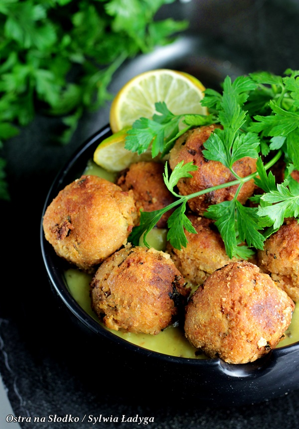 ALBONDIGAS EN SALSA, pulpeciki miesne , kuchnia hiszpanska , hiszpania przepisy , ostra na slodko (4)xx
