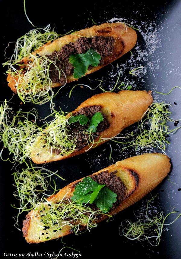 tapenada, pasta z oliwek , kuchnia srodziemnomorska , ostra na slodko , pasta do grzanek , pasta na kanapki (3)xx