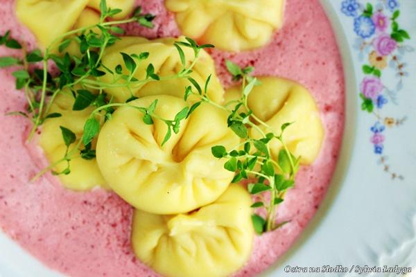 manty , pierogi z serem , kuchnia uzbecka , przepis na manty , ostra na slodko , sylwia lladyga , pierogi na slodko (1)x
