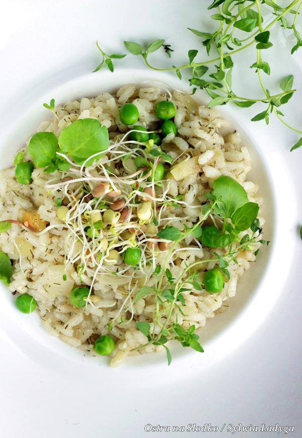 risotto , pyszne risotto , kuchnia wloska , ostra na slodko , sylwia ladyga , blog kulinarny , risotto z groszkiem (2)x