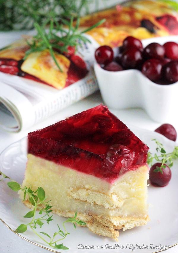 ciasto z kaszy manny , ciasto bez pieczenia , oszukany sernik , ciasto z wisniami , ostra na slodko , ciasto na biszkoptach (1)x