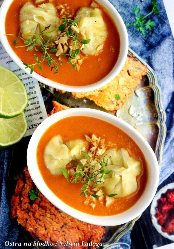 pierozki momo , indyjskie curry , czerwone curry , apetina , curry z pierozkami , kuchnia indyjska , ostra na slodko, sylwia ladyga (2)x