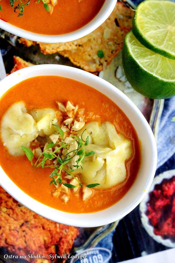 pierozki momo , indyjskie curry , czerwone curry , apetina , curry z pierozkami , kuchnia indyjska , ostra na slodko, sylwia ladyga (3)x