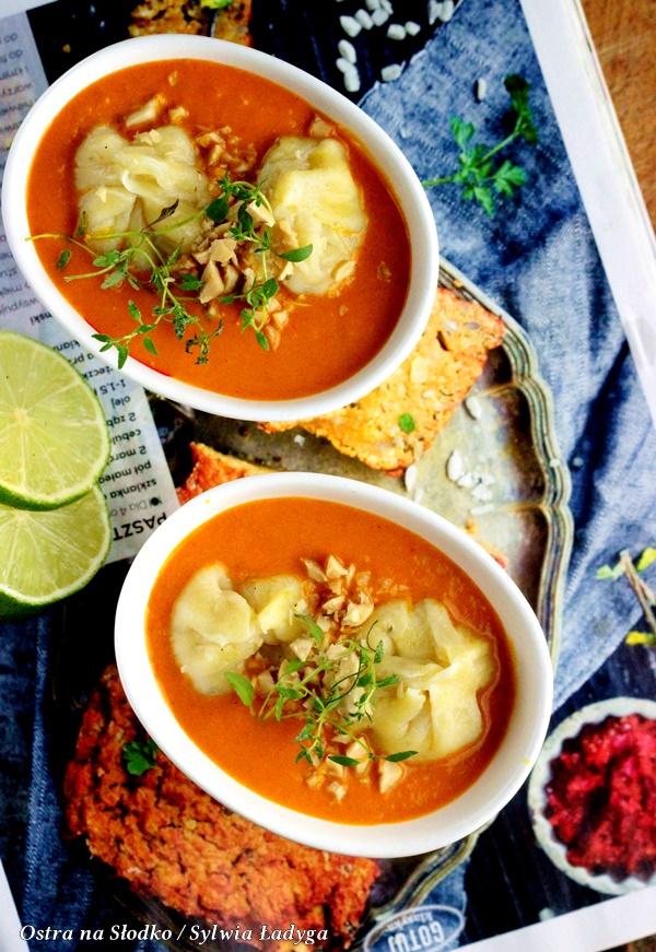 pierozki momo , indyjskie curry , czerwone curry , apetina , curry z pierozkami , kuchnia indyjska , ostra na slodko, sylwia ladyga (5)x