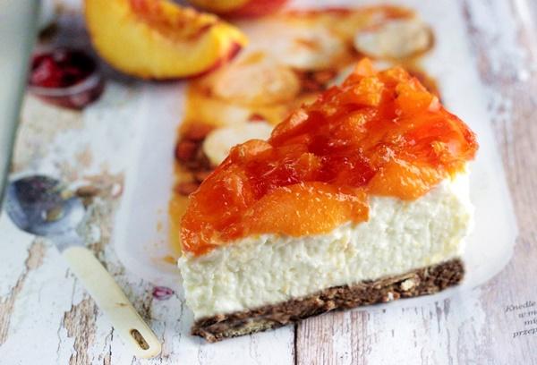 sernik z brzoskwiniami, rafaello , kokosowe z brzoskwiniami , sernik na zimno, sernik kokosowy z galaretka , ostra na slodko (2)x