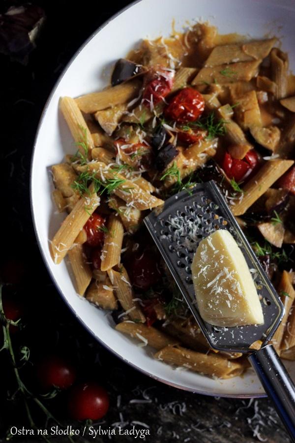 makaron-z-baklazanem-makaron-z-pomidorami-makaron-w-sosie-sos-pomidorowy-ostra-na-slodko-sylwia-ladyga-blog-kulinarny-sylwia-masterchef-2x