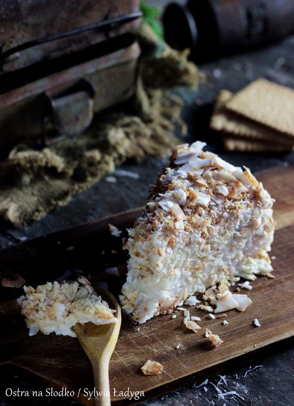 rafaello-na-krakersach-kokosowe-rafaello-ciasto-kokosowe-bez-pieczenia-ostra-na-slodko-sylwia-ladyga-1xx