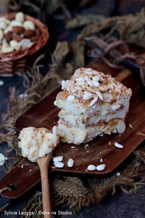 ciasto-z-maslem-orzechowym-ciasto-na-herbatnikach-ciasto-budyniowe-ciasto-bez-pieczenia-ostra-na-slodko-4x